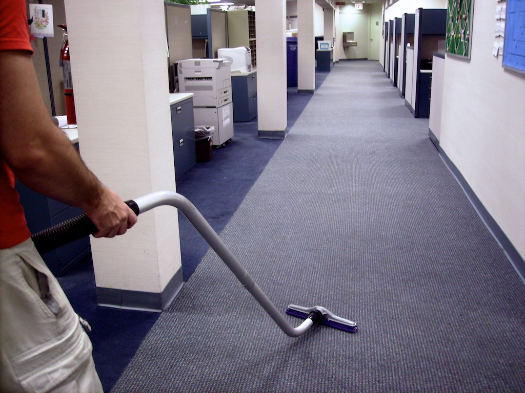 Business Services – Outsourcing Office Cleaning